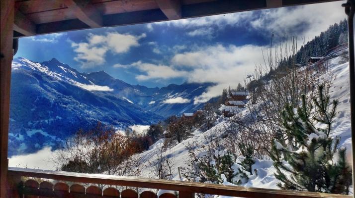 Chalet-Salomon-Schnee-Ausblick-Wohnzimmer-2016-11-12