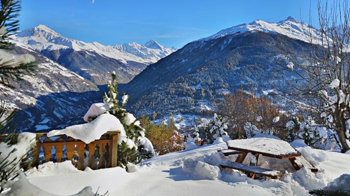 Chalet-Salomon-Schnee-Terrasse2-2016-11-12